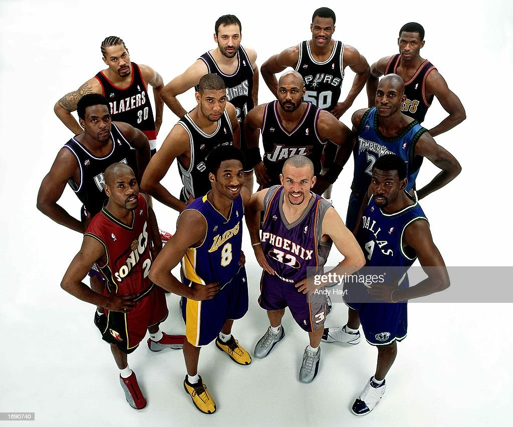 The 2001 NBA West AllStar Team pose for a team portrait front row Gary Payton Kobe Bryant Jason Kidd Michael Finley Middle row Chris Webber Tim...