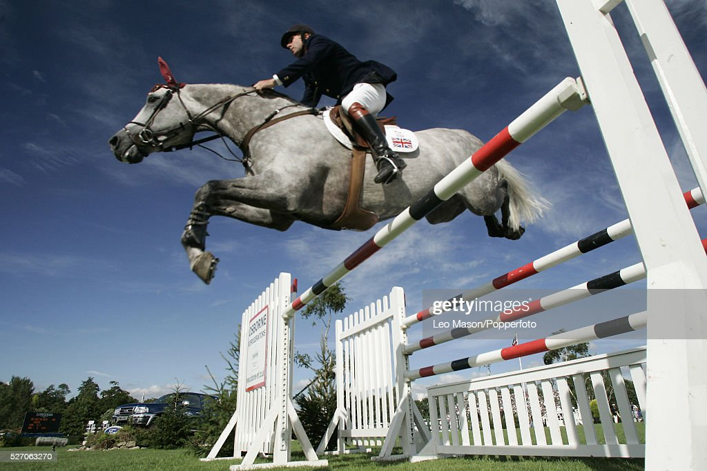 The 2005 Longines Royal International Horse Show The Samsung Super League of Nations Cup of Great Britain Nick Skelton /Russel