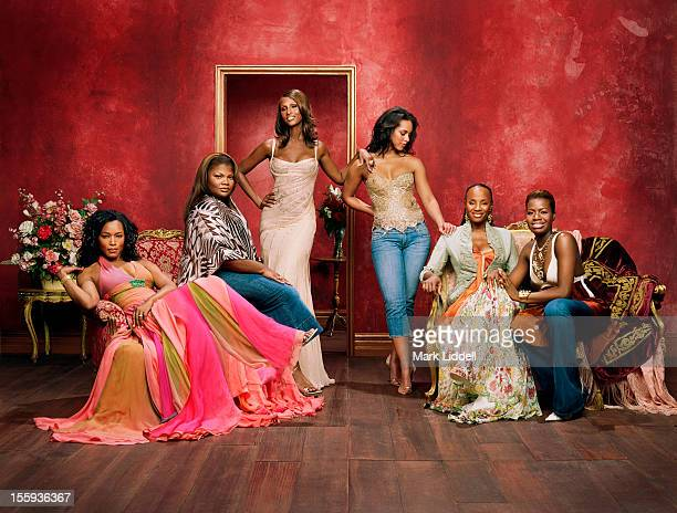 The 35th Anniversary cover story of Essence magazine features actresses Angela Bassett and Mo'Nique singers Alicia Keys and Fantasia Barino model...