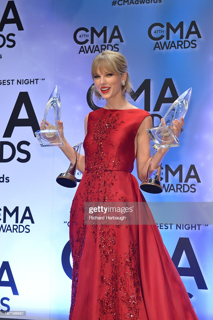 AWARDS - GENERAL - 'The 47th Annual CMA Awards' airs live from the Bridgestone Arena in Nashville on WEDNESDAY, NOVEMBER 6 (8:00-11:00 p.m., ET) on the ABC Television Network. TAYLOR