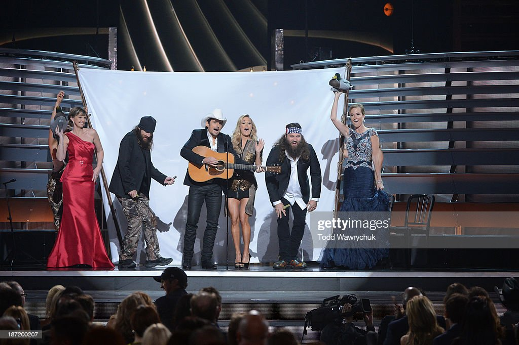 AWARDS - THEATRE - 'The 47th Annual CMA Awards' airs live from the Bridgestone Arena in Nashville on WEDNESDAY, NOVEMBER 6 (8:00-11:00 p.m., ET) on the ABC Television Network. DUCK