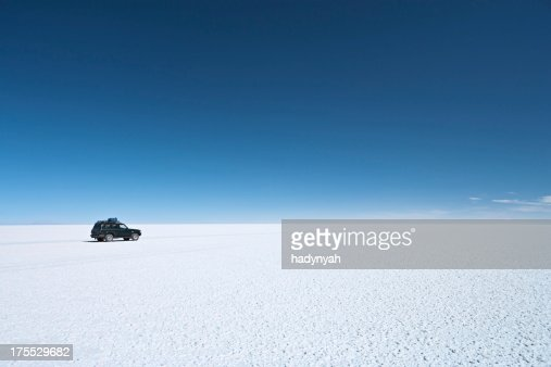 The 4WD on Salar de Uyuni, Altiplano Bolivia