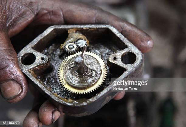 The 54teeth wheel is fixed in the gear box