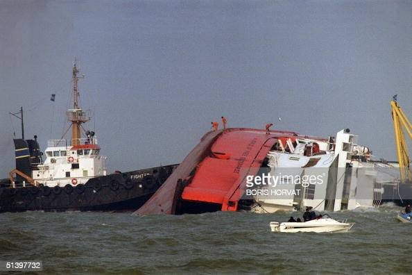 1987 zeebrugge ferry disaster stock photos and pictures getty images - Where is zeebrugge ferry port ...
