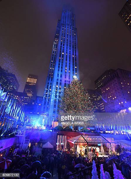 The 84th Annual Rockefeller Center Christmas Tree Lighting Ceremony is seen on November 30 2016 in New York City / AFP / ANGELA WEISS
