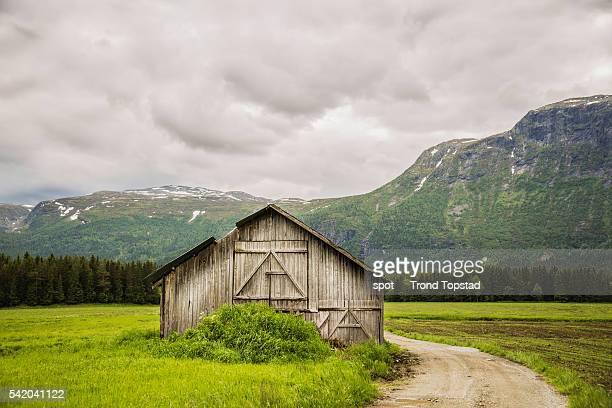 The abandoned barn