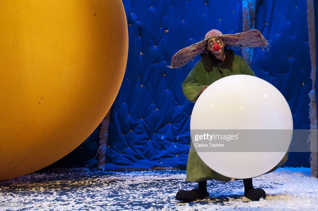 The actor and director Slava Polunin who heads the clown theater show 'Slavas Snowshow' performs during a presentation at Centro Cultural I on June 13, 2014 in Mexico City, Mexico.