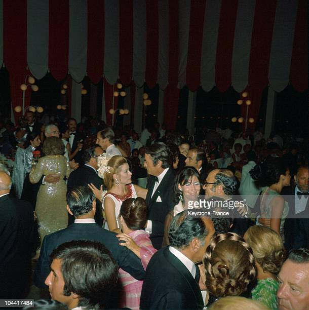 The actor Gregory Peck and Princess Grace of Monaco's dancing at the Red Cross Ball in Monaco in 1970