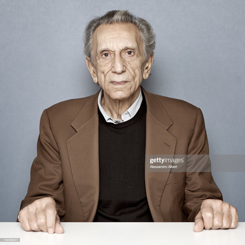 The actor <a gi-track='captionPersonalityLinkClicked' href=/galleries/search?phrase=Roberto+Herlitzka&family=editorial&specificpeople=3173725 ng-click='$event.stopPropagation()'>Roberto Herlitzka</a> poses for a portrait session on November 28, 2011 in Turin, Italy.