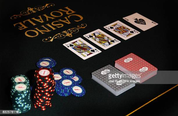 The actual card table from Casino Royale appears at Harrods in central London as part of the James Bond themed windows in the store