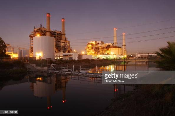 The AES Corporation 495megawatt Alamitos natural gasfired power station stands on October 1 2009 in Long Beach California The Obama administration...