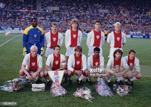 The AFC Ajax team before their European Cup Winners' Cup final match against KV Mechelen at Stade de la Meinau in Strasbourg France 11th May 1988 KV...