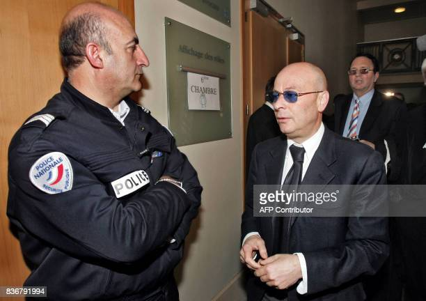 the agent of the players Liciano d'Onofrio attends 27 March 2006 while the correctional court audience of Marseille is suspended on the day of the...