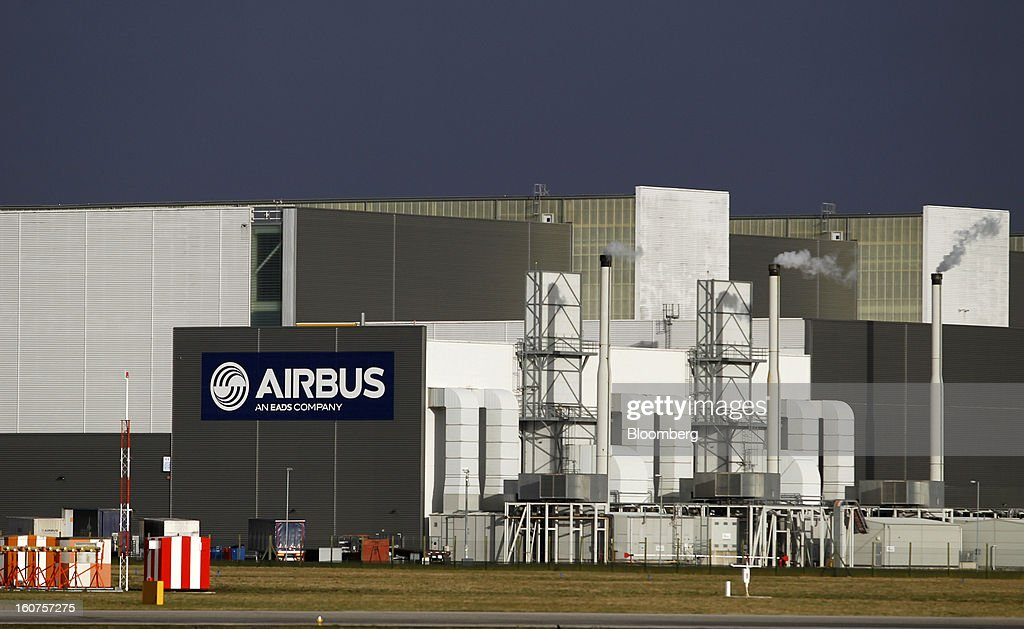 The Airbus wing assembly factory stands in Broughton, U.K., on Monday, Feb. 4, 2013. Airbus SAS won a $9 billion order from Steven Udvar-Hazy's Air Lease Corp. that includes 25 A350 wide-body jets, a competitor to Boeing Co.'s grounded 787 Dreamliner. Photographer: Paul Thomas/Bloomberg via Getty Images