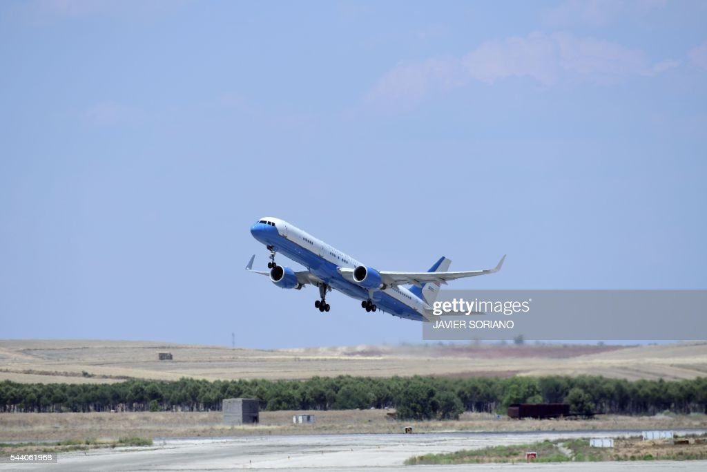 The aircraft transporting US first lady Michelle Obama and her daughters Malia and Sasha takes off from Torrejon airbase near Madrid on June 29, 2016 a day after presenting the 'Let Girls Learn' initiative . First Lady Michelle Obama began a two day visit to Spain by delivering a speech on the education initiative launched in March 2015 to help adolescent girls across the world access a quality education. / AFP / JAVIER