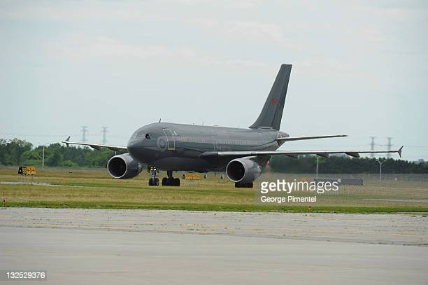The Airplane of Prince William Duke of Cambridge and Catherine Duchess of Cambridge arrives at the Canada Reception Centre Ottawa MacdonaldCartier...