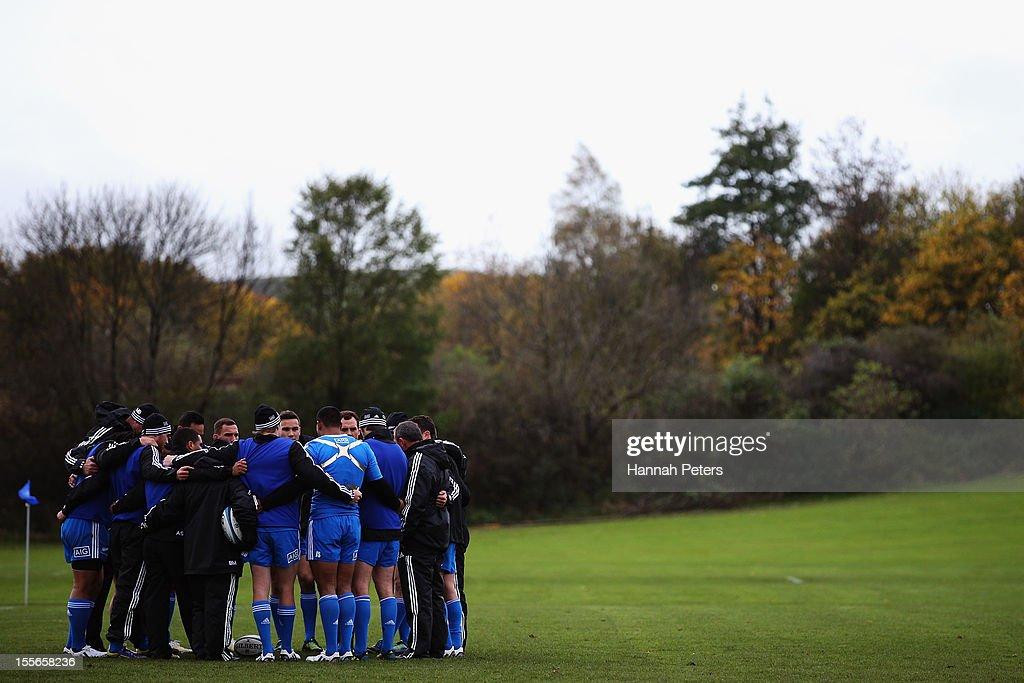 The All Blacks backs gather during a training session at Peffermill University on November 6, 2012 in Edinburgh, Scotland.
