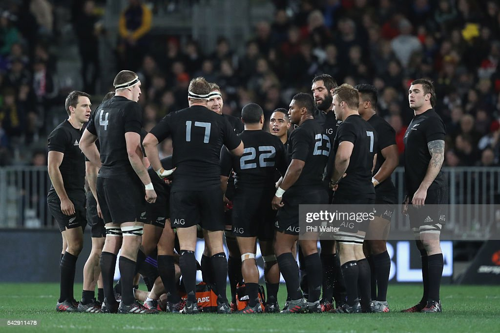 The All Blacks huddle togather during the International Test match between the New Zealand All Blacks and Wales at Forsyth Barr Stadium on June 25, 2016 in Dunedin, New Zealand.
