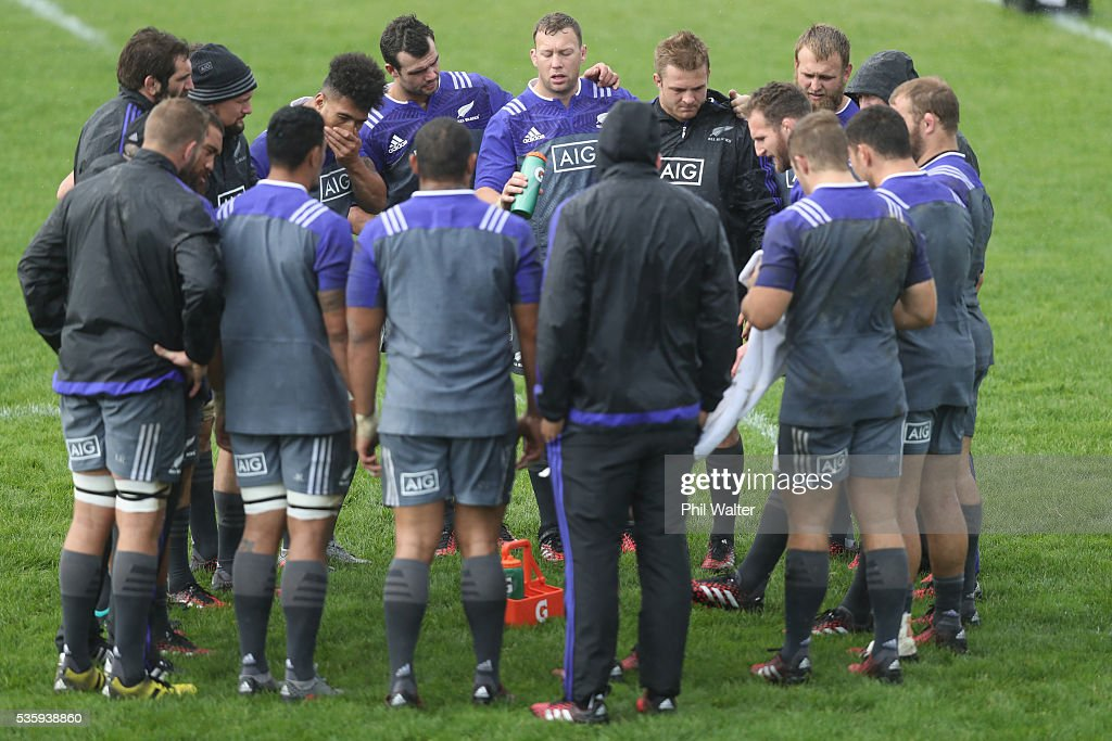 The All Blacks regroup during a New Zealand All Blacks training session at Trusts Stadium on May 31, 2016 in Auckland, New Zealand.