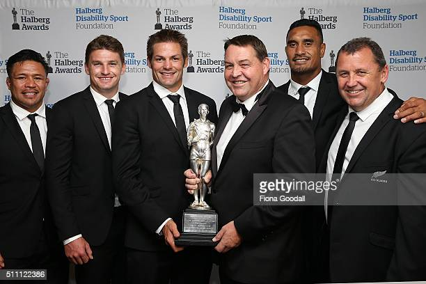 The All Blacks win the Halberg Award from left Keven Mealamu Beauden Barrett Richie McCaw Steve Hansen Jerome Kaino and Ian Foster during the 2016...