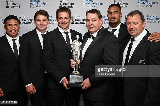 The All Blacks win the Halberg Award from left Keven Mealamu Beauden Barrett Richie McCaw Steve Hansen Jerome Kaino and Ian Foster during the 2016...