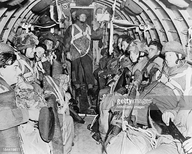 The Allied Campaign In NorthWest Europe Arnhem 17 25 September 1944 British paratroops of the 1st Airborne Division in their aircraft during the...
