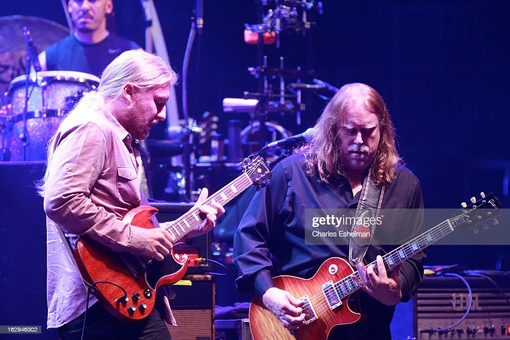 The Allman Brothers' guitarists <a gi-track='captionPersonalityLinkClicked' href=/galleries/search?phrase=Derek+Trucks&family=editorial&specificpeople=2238705 ng-click='$event.stopPropagation()'>Derek Trucks</a> and <a gi-track='captionPersonalityLinkClicked' href=/galleries/search?phrase=Warren+Haynes&family=editorial&specificpeople=220730 ng-click='$event.stopPropagation()'>Warren Haynes</a> perform at Beacon Theatre on March 1, 2013 in New York City.