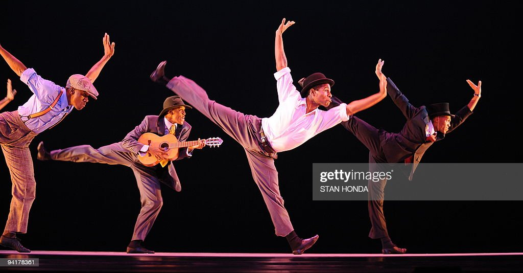 The Alvin Ailey American Dance Theater during dress rehearsal of 'Uptown', chorographed by Matthew Rushing, December 9, 2009 in New York. The performance highlights key events of the Harlem Renaissance era in the 1920's. AFP PHOTO/Stan Honda