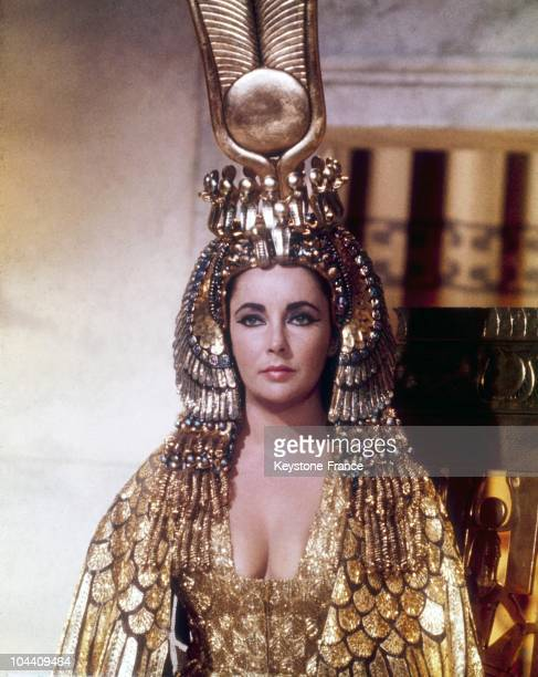 The American actress Elizabeth TAYLOR playing in a scene from the American filmmaker Joseph Leo MANKIEWICZ's film CLEOPATRA