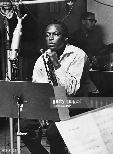 The American jazz trumpeter Miles Davis in the recording studios of Fontana records