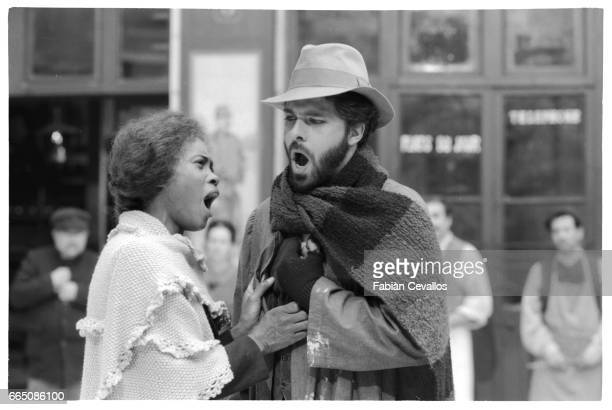 The American opera singer Barbara Hendricks and Canadian opera singer Gino Quilico sing together during the shooting of the musical La Boheme based...