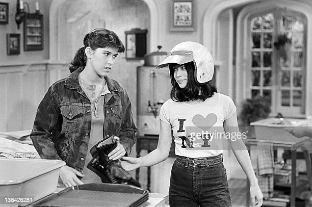 LIFE 'The Americanization of Miko' Episode 13 Pictured Nancy McKeon as Joanne 'Jo' Polniaczek Lauren Tom as Miko