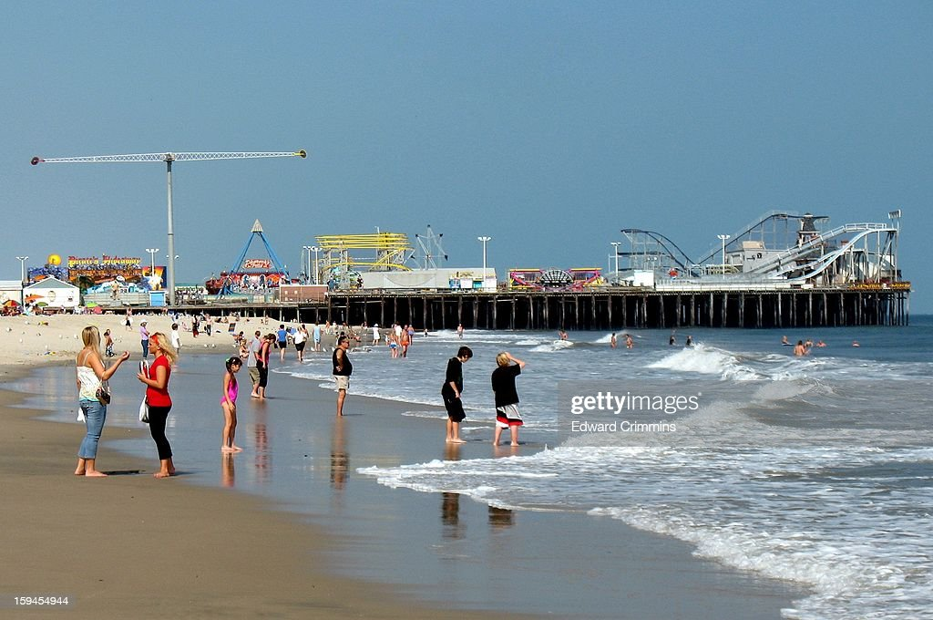 CONTENT] The amusement pier in Seaside Heights, New Jersey before being destroyed by Hurricane Sandy.