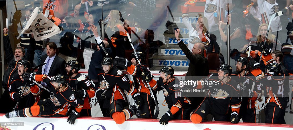 The Anaheim Ducks celebrate their 3-2 overtime win against the Calgary Flames in Game Five of the Western Conference Semifinals during the 2015 NHL Stanley Cup Playoffs at Honda Center on May 10, 2015 in Anaheim, California.