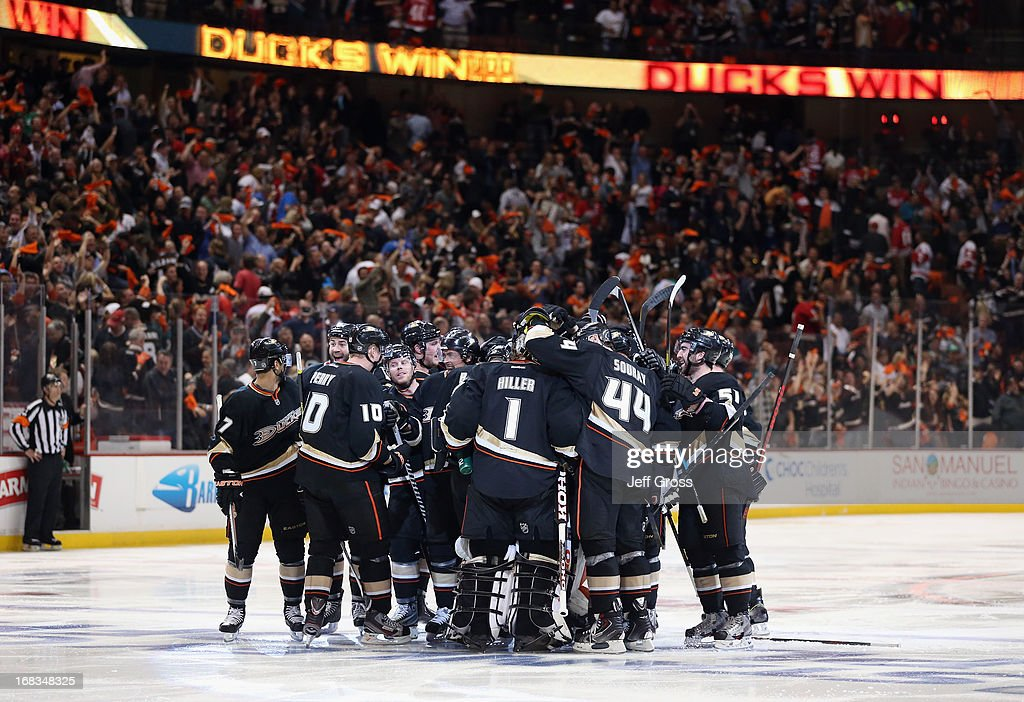 The Anaheim Ducks celebrate their overtime victory over the Detroit Red Wings in Game Five of the Western Conference Quarterfinals during the 2013 NHL Stanley Cup Playoffs at Honda Center on May 8, 2013 in Anaheim, California. The Ducks defeated the Red Wings 3-2 in overtime.
