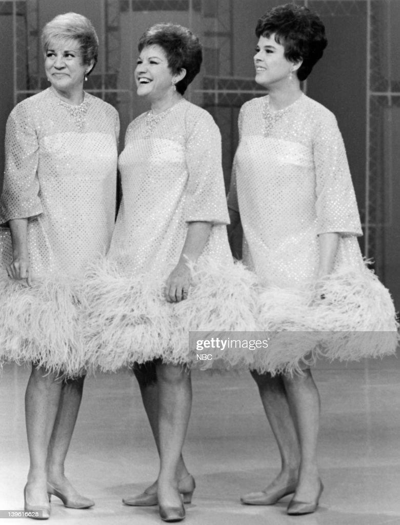 the sisters joyce Share share share appunti correlati joyce - the sisters lingua inglese — appunti sulla vita di joyce, the dubliners e in particolare the.