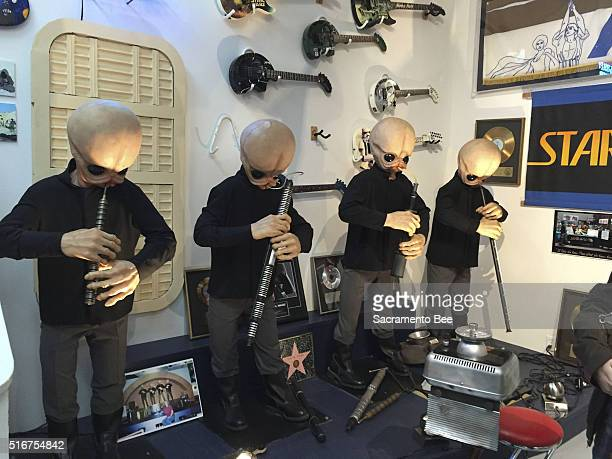 The animatronic band Figrin D'an and the Modal Nodes from the Mos Eisley Cantina scene in 1977's 'Star Wars' now calls Rancho ObiWan home