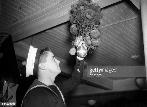 The annual ceremony of hanging up a hot cross bun which has been carried out for 124 years took place on Good Friday at the 'Widow's Son' Inn at...