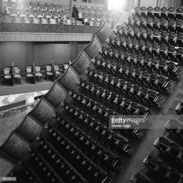 The Apollo Theatre in Paris where the dance floor flips 180 degress to be transformed into stalls with seating for 340 people