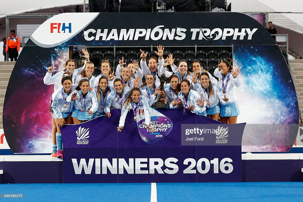 The Argentina women's hockey team after winning the FIH Women's Hockey Champions Trophy 2016 Final between the Netherlands and Argentina at Queen Elizabeth Olympic Park on June 26, 2016 in London, England.