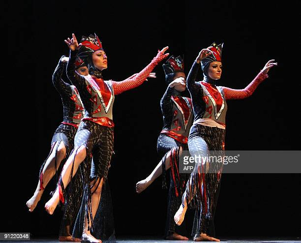 The Armenian 'Soul and Dance Theatre' performs at the UNESCO theatre in Beirut on September 28 2009 during the Francophone games Six cultural games...