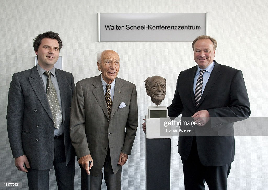 The artist Bertrand Freiesleben, former German Federal President <a gi-track='captionPersonalityLinkClicked' href=/galleries/search?phrase=Walter+Scheel&family=editorial&specificpeople=234531 ng-click='$event.stopPropagation()'>Walter Scheel</a> and <a gi-track='captionPersonalityLinkClicked' href=/galleries/search?phrase=Dirk+Niebel&family=editorial&specificpeople=710721 ng-click='$event.stopPropagation()'>Dirk Niebel</a>, FDP, Federal Minister of Economic Cooperation and Development, on the occasion of the inauguration of the <a gi-track='captionPersonalityLinkClicked' href=/galleries/search?phrase=Walter+Scheel&family=editorial&specificpeople=234531 ng-click='$event.stopPropagation()'>Walter Scheel</a> conference center at the German Federal Ministry for Economic Cooperation and Development, BMZ.
