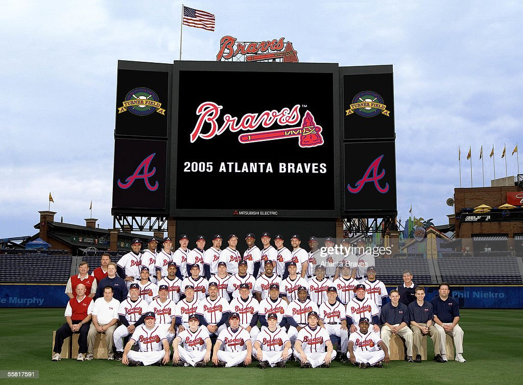 The Atlanta Braves pose for the team photo at Turner Field in September, 2005 in Atlanta, Georgia.