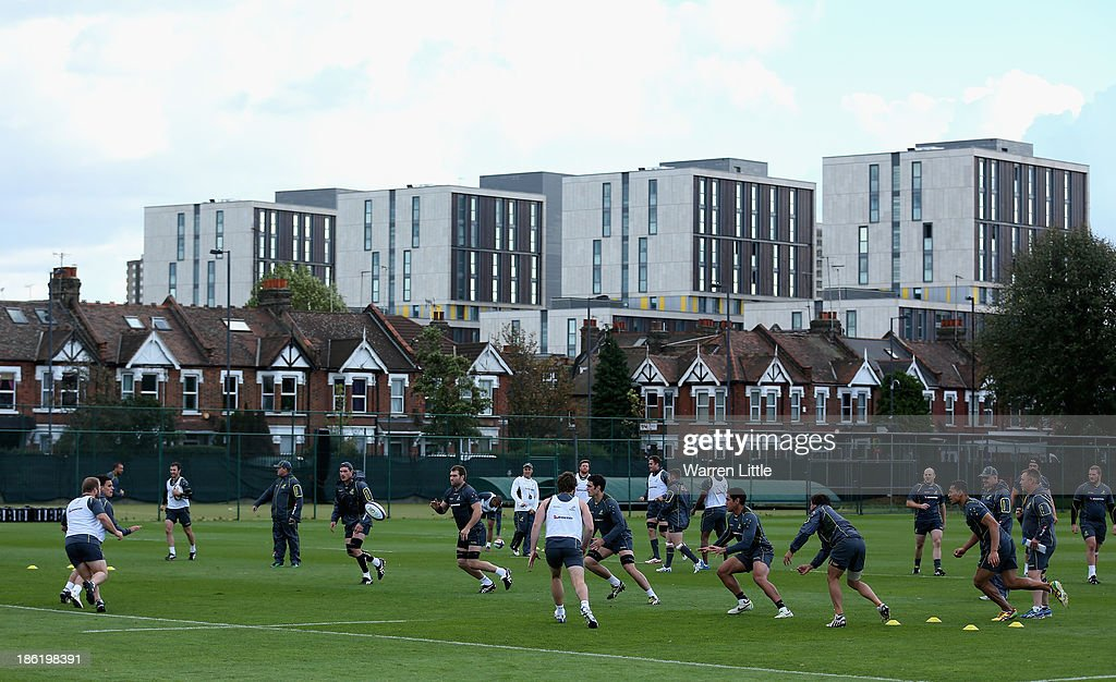 The Australia squad is pictured during a training session at Latymer School on October 29, 2013 in London, England.