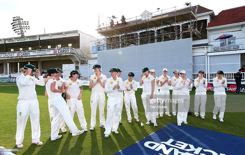 England Women v Australia Women: Women's Ashes Series - Kia Women's Test: Day Four : News Photo