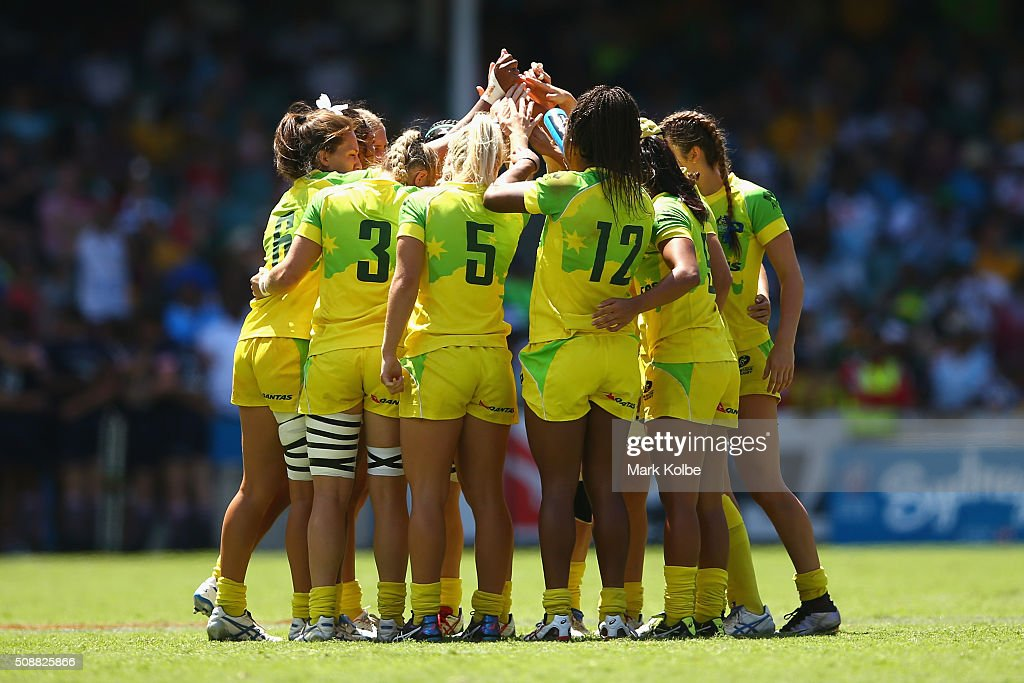 The Australian team form a huddle as they prepare to play during the 2016 Sydney Sevens match between at Allianz Stadium on February 7, 2016 in Sydney, Australia.