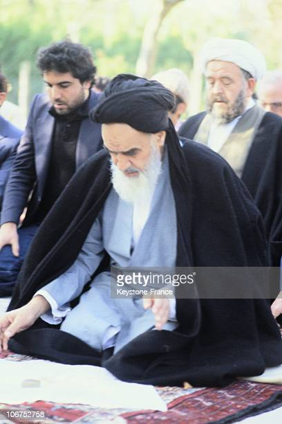 The Ayatollah Ruhollah Musavi Khomeini During A Prayer France