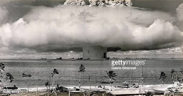 The Baker test during Operation Crossroads a series of two nuclear weapons tests conducted by the United States at Bikini Atoll 25th July 1946 The...