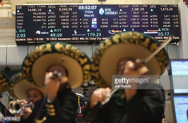 The band Mariachi Real de Mexico performs on the floor of the New York Stock Exchange ahead of the Cinco de Mayo holiday before the closing bell on...