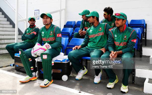 The Bangladesh players wait for the start during the ICC Champions Trophy Warmup match between India and Bangladesh at the Kia Oval on May 30 2017 in...